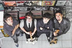 Formação original da banda (2011)